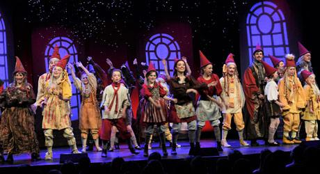 Fremkaldelse ved premieren på Eventyrteatrets musical Julehjertet 25. november 2017