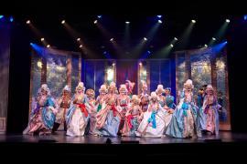 Den Magiske Maske galleri - Alle hofdamer