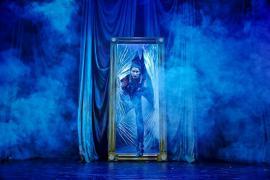 Foto fra Julemandens Lærling musical teater i Glasalen Tivoli 2013