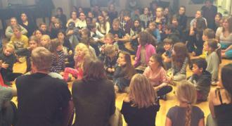 Velkommen til nye elever på Eventyrteatrets Dramaskole