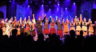 """Fra premieren på Eventyrteatrets julemusical """"Nissepatruljen"""" - foto: Hasse Ferrold"""