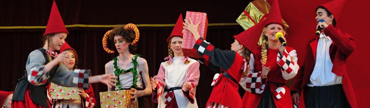 Eventyrteatrets juleshow på Bakken 2012 - foto: Hergaard Fotografi